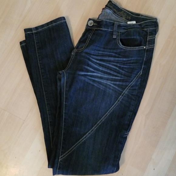 3390d67c01b Apple Bottom Jeans 🍎🍎